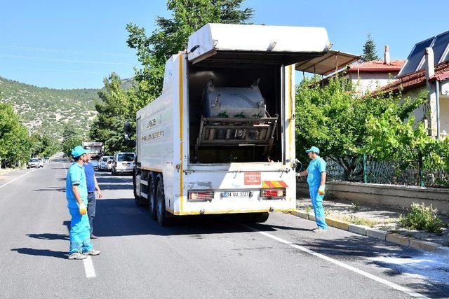 Isparta Belediyesi'nden yaz temizliği