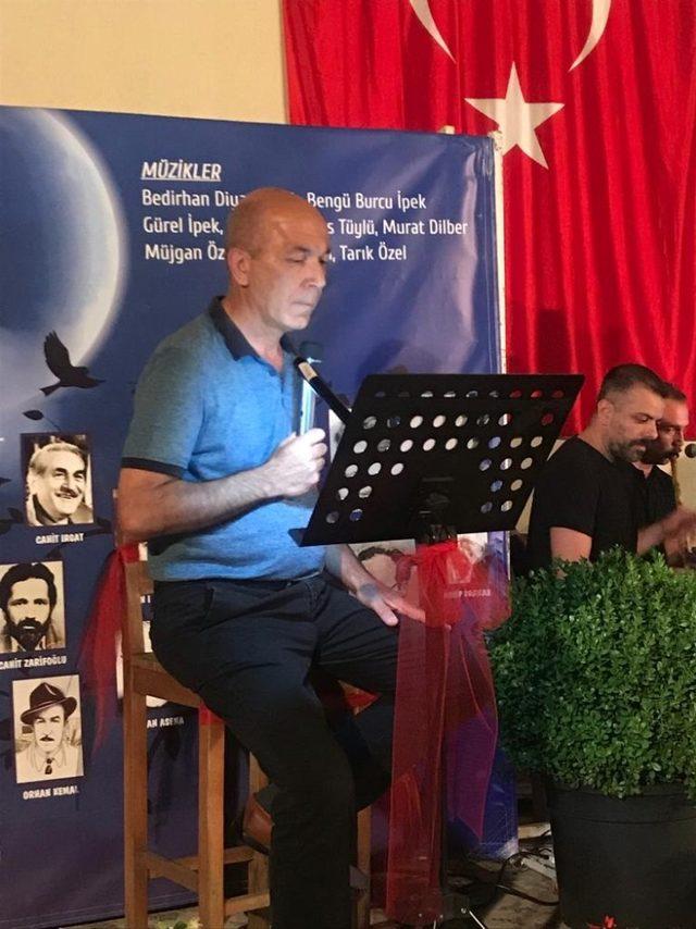 Ödemiş'te şiir ve türkü gecesi