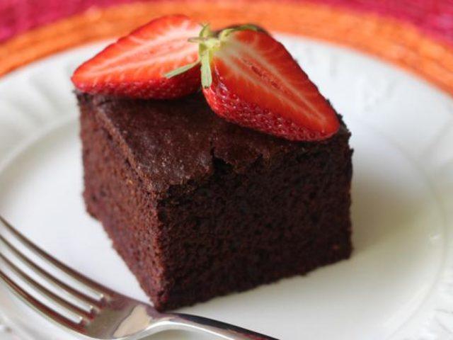 Tek Kapta Çikolatalı Kek