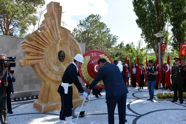 Atatürk'ün Sivas'a gelişinin 100'üncü yılı kutlandı