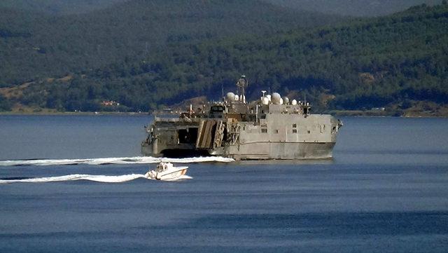 ABD savaş gemisi 'USNS Yuma', Çanakkale Boğazı'ndan geçti