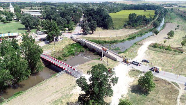 Kırkpınar'ın yapılacağı Sarayiçi'ne askerden köprü