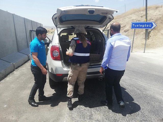 Emniyet ve jandarmadan 'narkotik ve göçmen kaçakçılığı' uygulaması