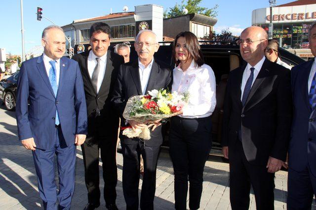 Kemal Kılıçdaroğlu, Kırşehir'de CHP'li belediyeleri ziyaret etti