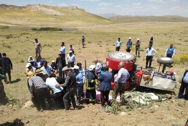 Özalp'ta traktör kazası: 2 ölü, 1 yaralı