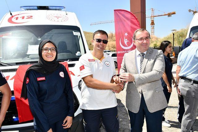 Tekirdağ'da 6 ambulans dağıtıldı