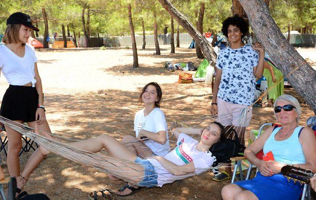 Datça'da çadırda tatil keyfi