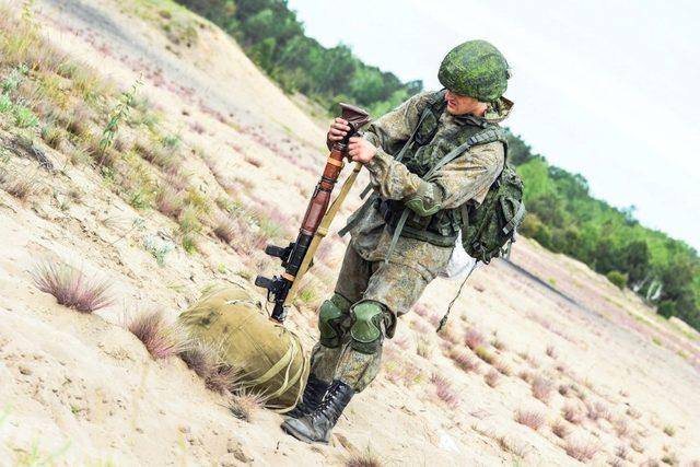 Rusya'dan NATO'ya misilleme Kırım tatbikatı