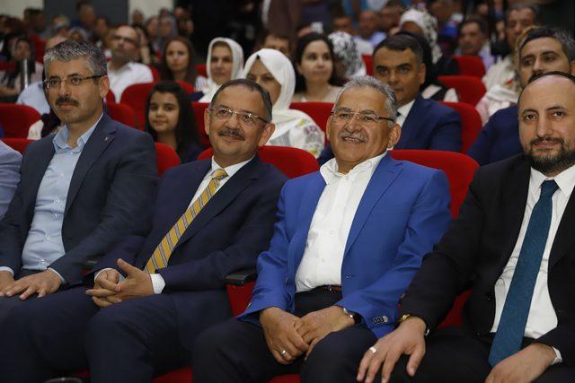 AK Parti'li Özhaseki: Büyükkılıç'ın istifa haberi yalandır