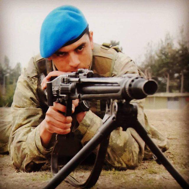 4-gun-once-izninin-ardindan-dondugu-birliginde-sehit-oldu_5000_dhaphoto1 (1)
