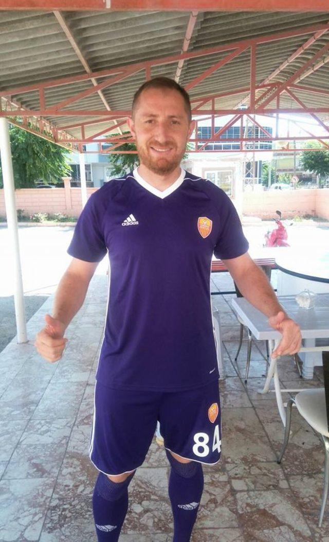 Kayserili başarılı eldiven Karaman Belediyespor ile anlaştı