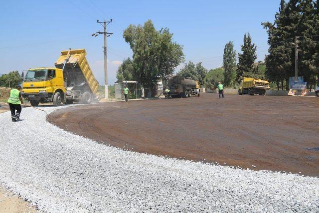 Büyükşehirden Sarıkemer'de asfalt çalışması