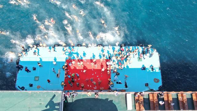 31'inci Boğaziçi Kıtalararası Yüzme Yarışı havadan fotoğraflandı