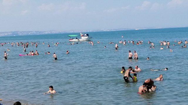 Tekirdağ'da plajlar doldu