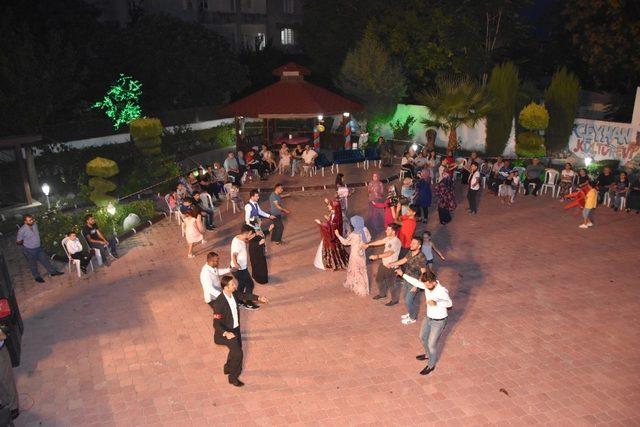 Ceyhan Kültür Evi vatandaşların hizmetine açıldı
