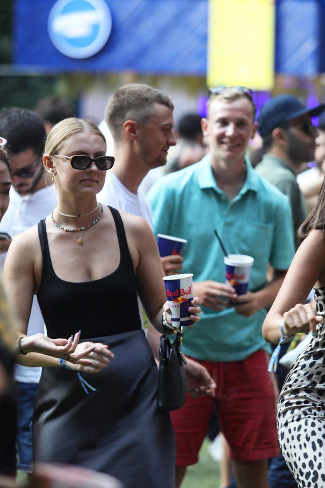 one-love-festival-2019-red-bull-sahnesi-seyirciler
