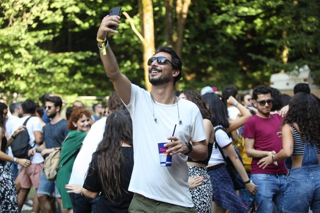 one-love-festival-red-bull-sahnesi-ortam
