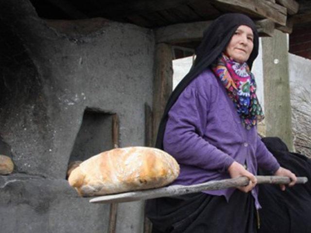 Erkeklerin Tüm İtirazlarına Rağmen Atlas Köyünde Kadın Dayanışması Kazandı!