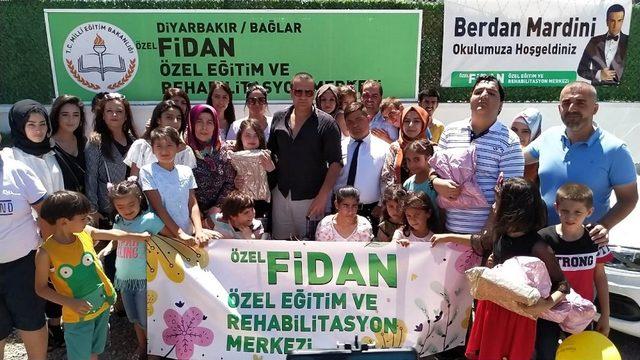 Berdan Mardini, Diyarbakır'da özel eğitim ve rehabilitasyon merkezini ziyaret etti