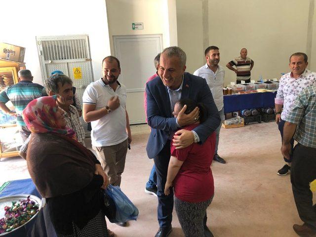 Babaoğlu, Yeşilyurt'ta vatandaşlarla bayramlaştı