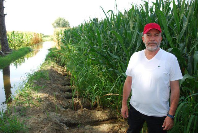 Salihlili çiftçiler, damlama sulama sistemi istiyor