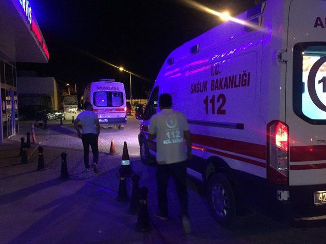 Konya'da 3 aracın karıştığı kazada 2 kişi yaralandı