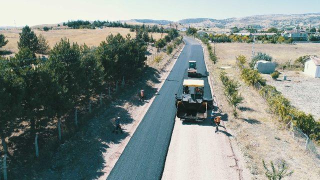 Büyükşehir'den Başkent'te asfalt atağı