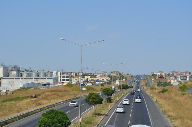 İstanbul-Tekirdağ yolunda yoğunluk başladı