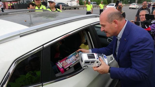 Bakan Soylu, Bolu'da trafik denetimine katıldı (2)