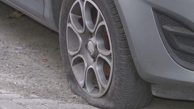 Güngören'de park halindeki 10 aracın lastikleri kesildi