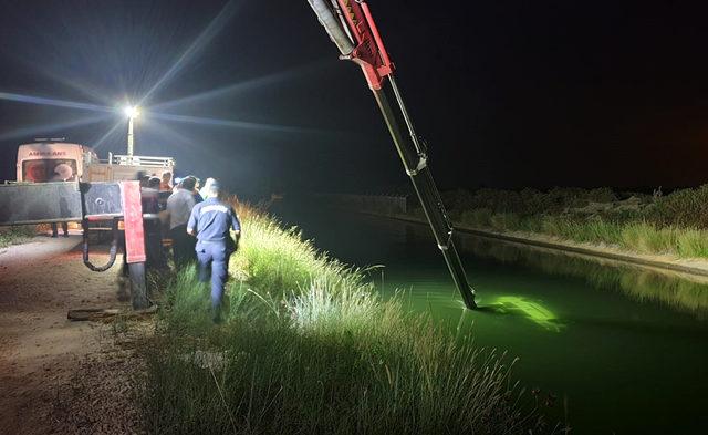 Otomobil kanala uçtu; sözleşmeli er ile kız arkadaşı öldü (2) - Yeniden