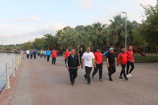 Körfez'de sağlıklı yaşam yürüyüşleri devam ediyor