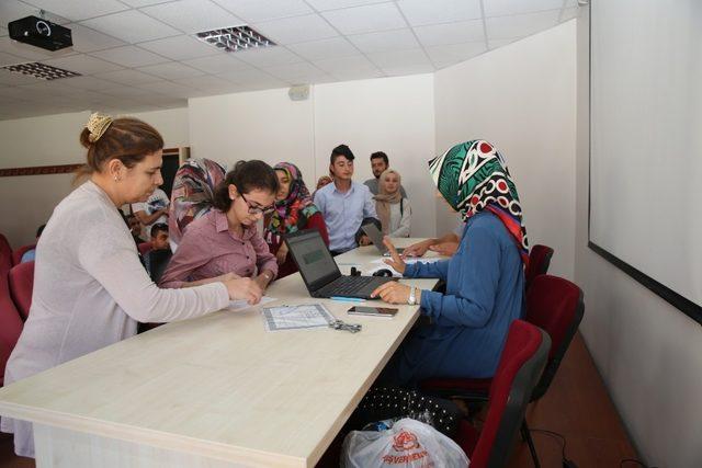Bayburt Üniversitesi'nde yeni dönem öğrenci kayıtları başladı