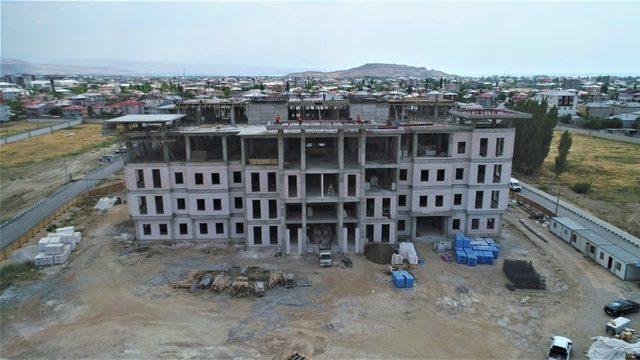 Tuşba Belediyesine modern hizmet binası
