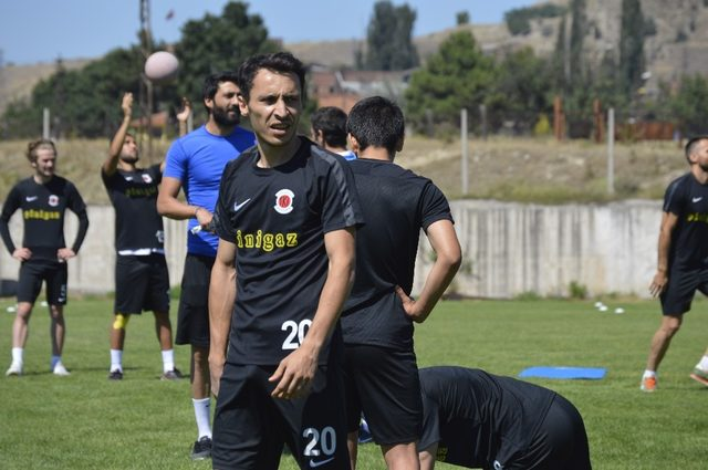 Erdoğan Sarıuşak, takımı ve kamp dönemini değerlendirdi