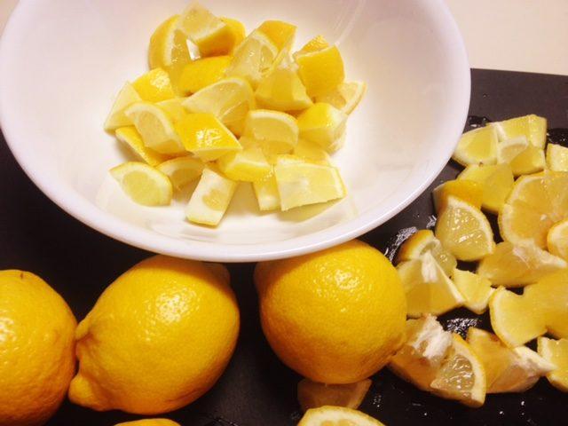 Uyumadan Önce Yatak Odanıza Limon Dilimleri Koymanın 5 Faydası