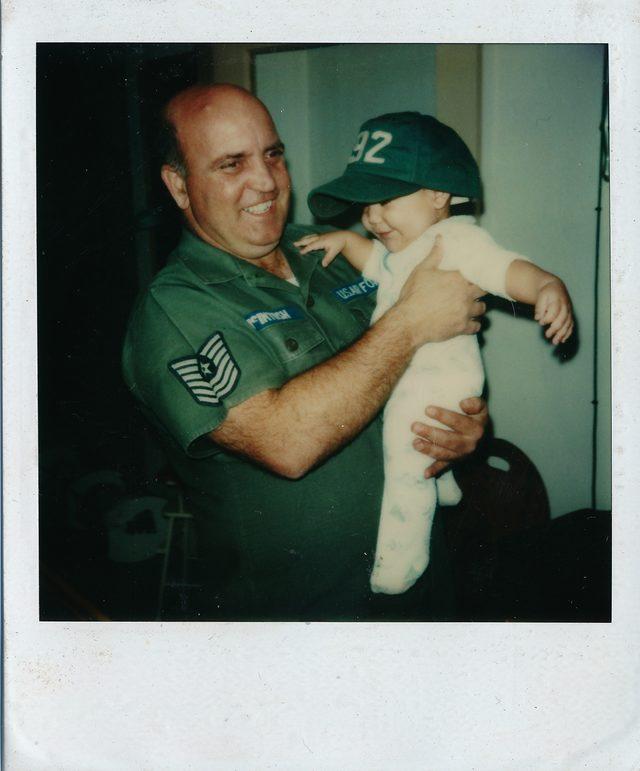 ABD'li askere evlatlık verilen Adanalı, gerçek ailesini arıyor