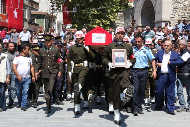 Çukurca şehidi Uzman Onbaşı Gezer, Sinop'ta son yolculuğa uğurlandı