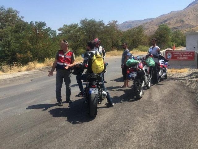 Elazığ'da jandarmadan  motosiklet denetimi