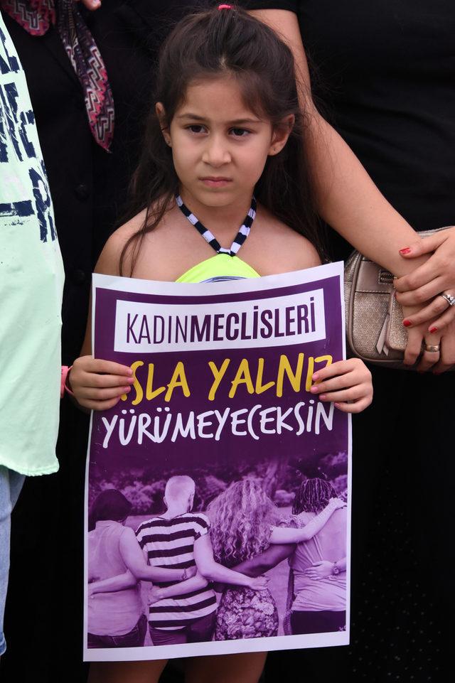 Konyalı kadınlar Emine Bulut cinayetini protesto etti