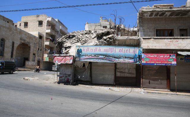 Suriye rejiminin yeni hedefi Maaret El Numan 'hayalet şehre' döndü