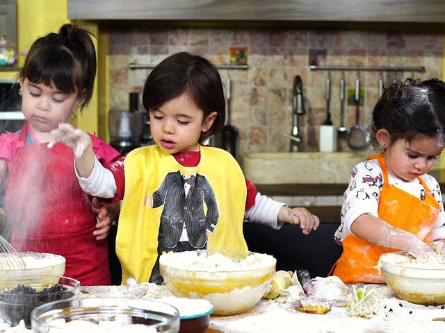 Çocuk Şefler Pişirdi, Anneleri Denedi :)
