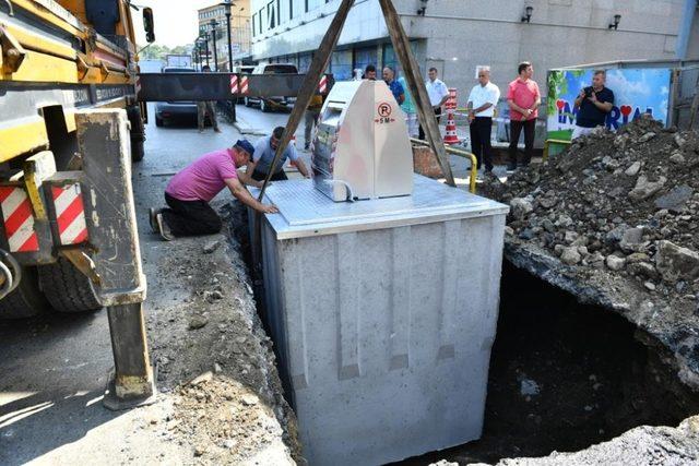 Ortahisar'da çöp konteynırları yer altına alınıyor