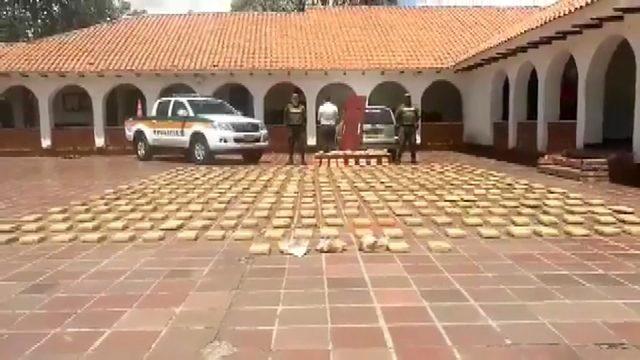 Polisin kontrol ettiği tabuttan cenaze yerine uyuşturucu çıktı