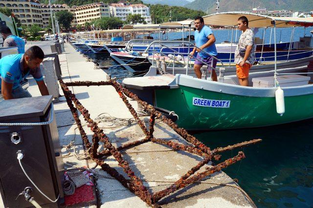 Marmaris'te çevre ve deniz dibi temizliği