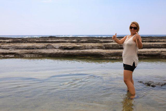 Sahildeki doğal havuzlara yoğun ilgi