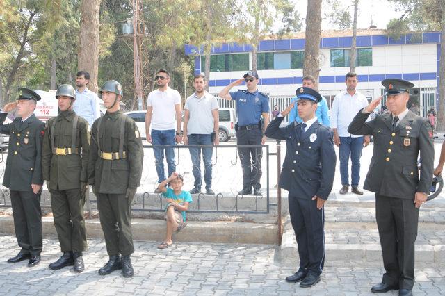 Suriye sınırında 30 Ağustos coşkusu