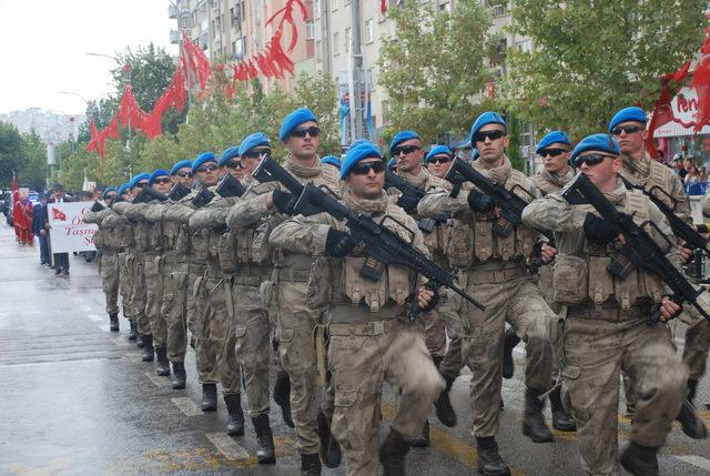 Elazığ'da, 30 Ağustos Zafer Bayramı kutlandı