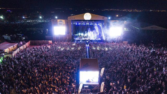Rock Festivali'nde halk müziği geçidi