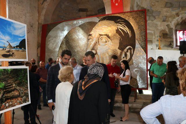 250 bin vida ile Guinness'e giren Atatürk portresi, Anıtkabir'e hediye edilecek